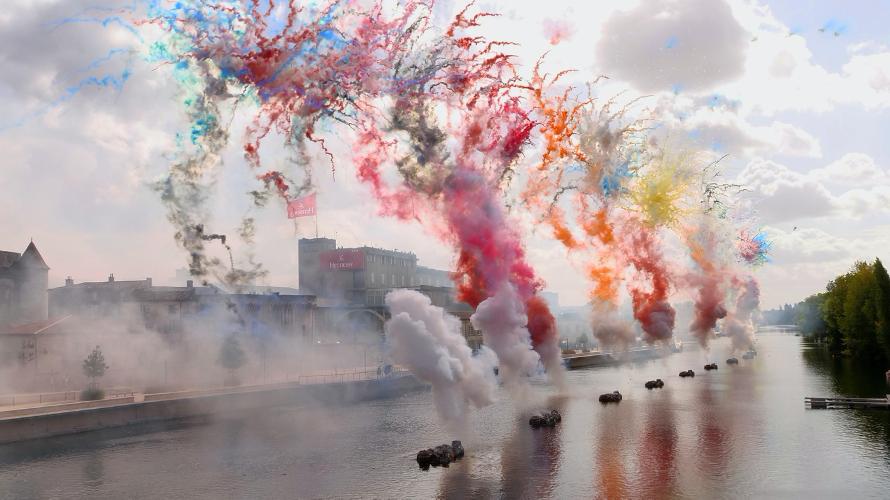 Новый 15-минутный пиротехнический перфоманс всемирно известного китайского художника Цай Гоцяна